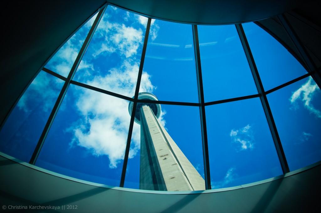 Канада [9]: Цягнік у Таронта і CN Tower!